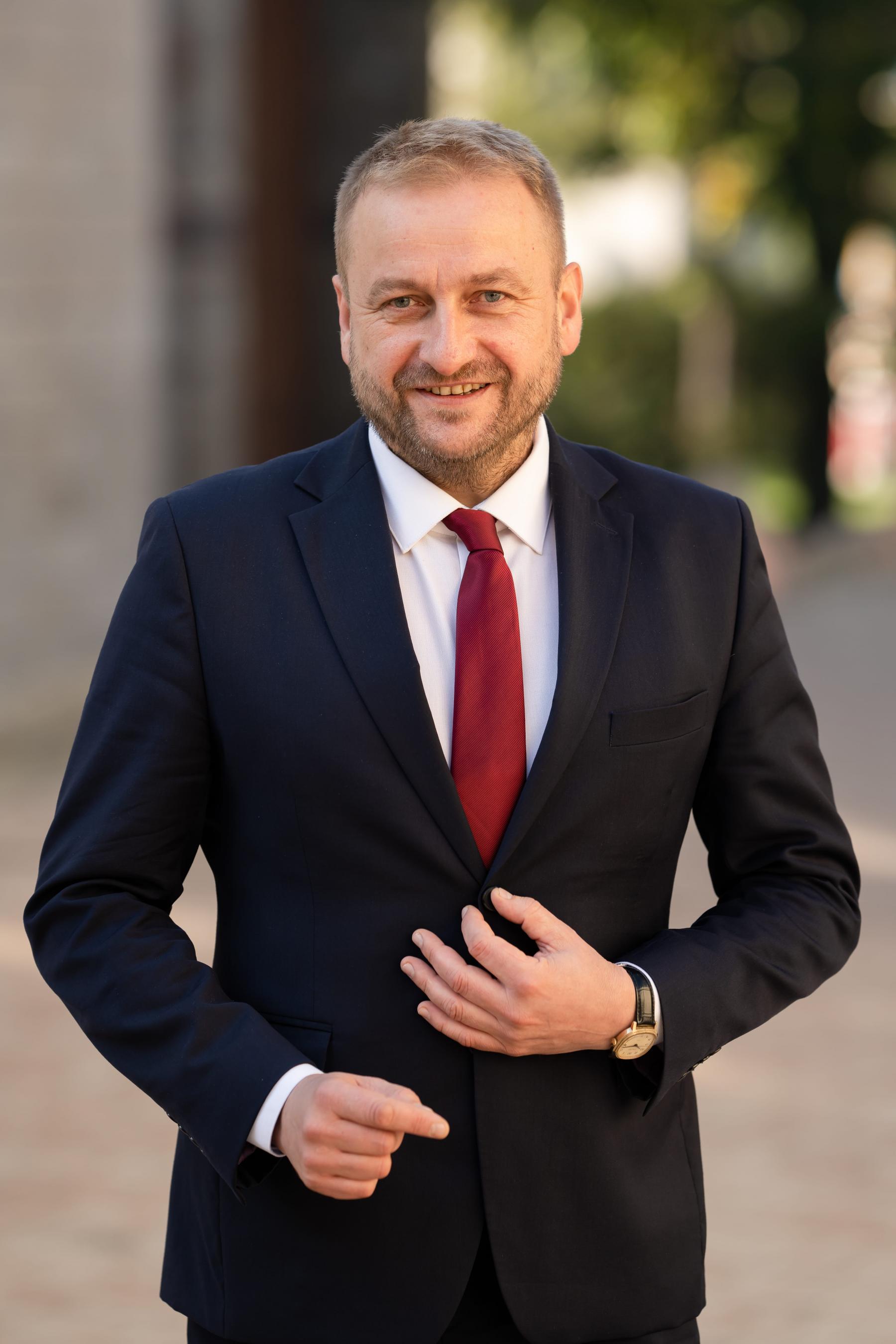dr Krzysztof Duda