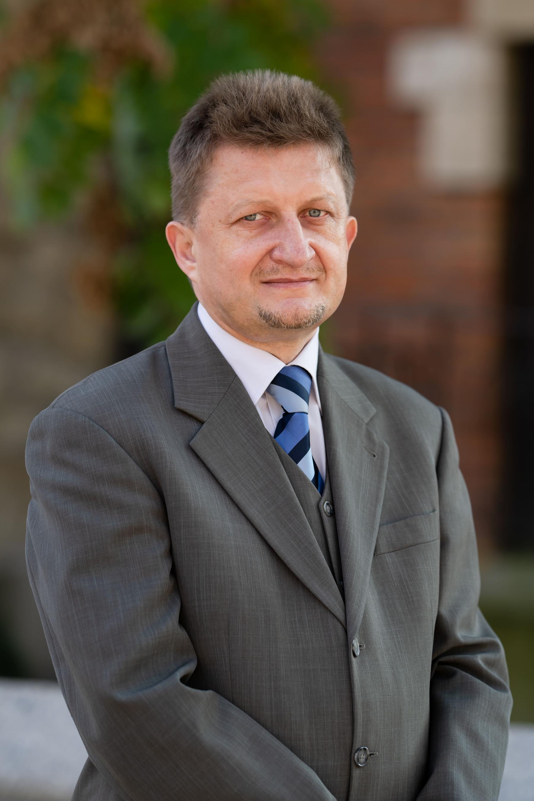 dr hab. Andrzej Gielarowski, prof. AIK